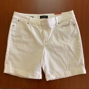 Talbots White Boyfriend Relaxed Fit Shorts